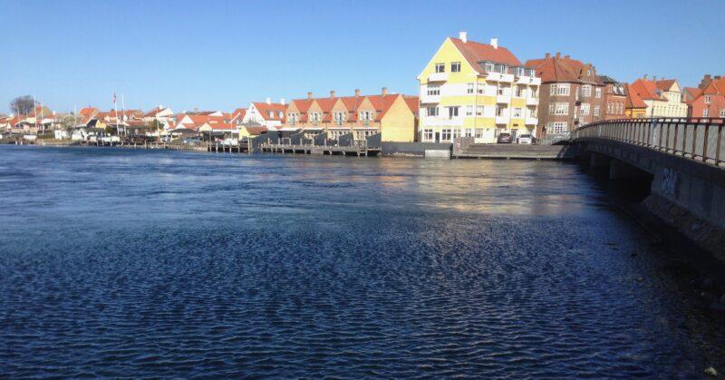 Modsatte side af Kertemindebroen mod Nyborg (Odensevej)